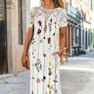 NWT Noracora short sleeve white lace & floral print maxi dress Small